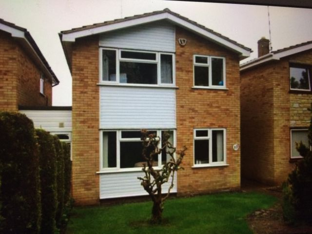 Property in Falconers Close, Daventry, Northants
