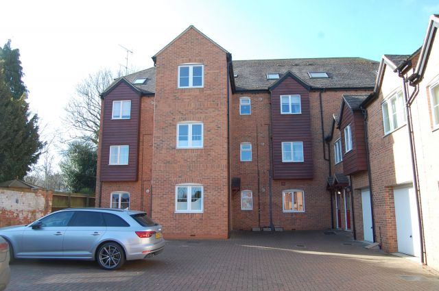 Property in The Wharf, Weedon, Northampton