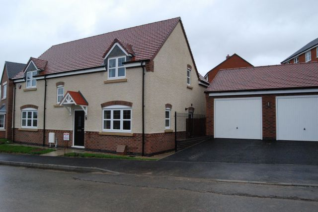 Property in Burnham Way, Long Buckby, Northampton