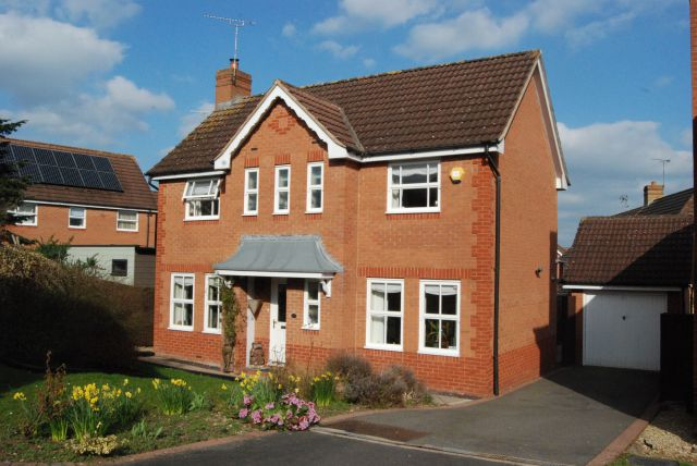 Property in Woodsia Close, Rugby, Warwickshire