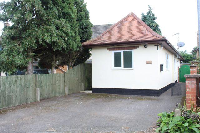 Property in Skinyard Lane, Long Buckby, Northampton
