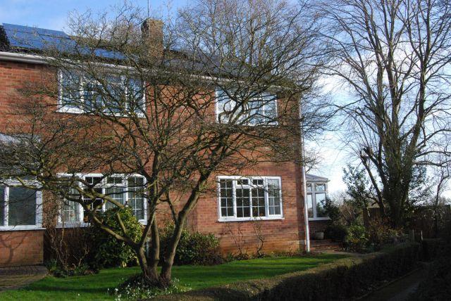 Property in Church Gardens, Ravensthorpe, Northampton