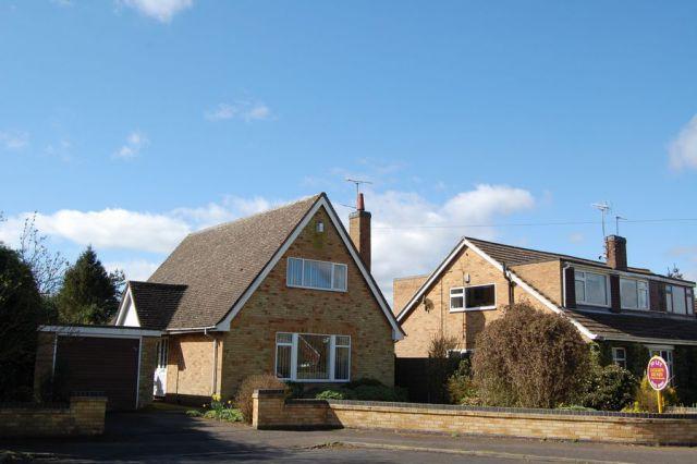Property in Atterbury Close, West Haddon, Northampton