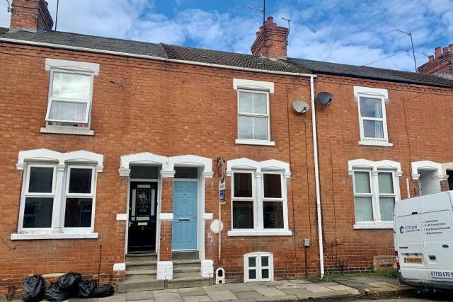 Property in Stanhope Road, Queens Park, Northampton