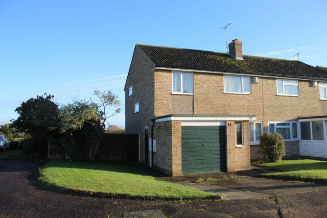 Property in East Leys Court, Moulton, Northampton