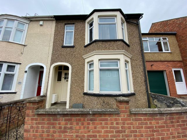 Property in Hawthorn Road, Abington, Northampton