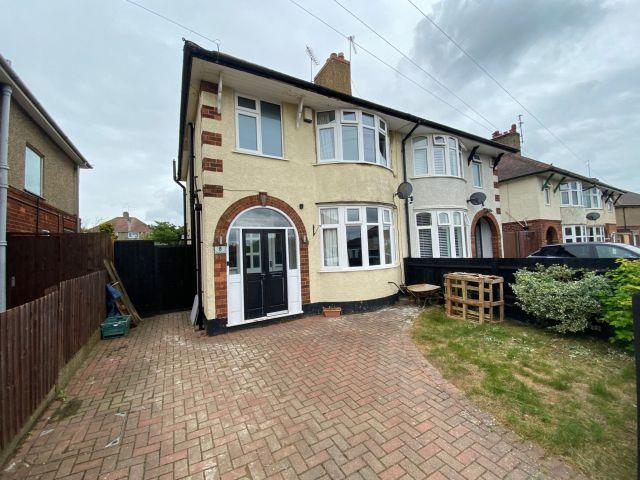 Property in Sandiland Road, The Headlands, Northampton