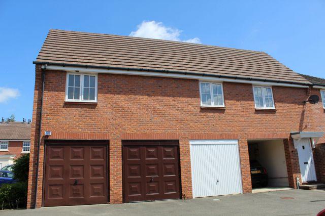 Property in Ickworth Close, Daventry, Northampton