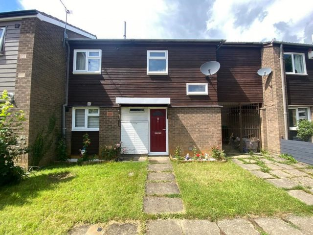 Property in Sidebrook Court, Thorplands, Northampton